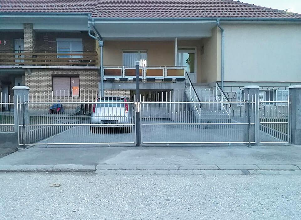 PVC Ograde i lamperija visokog kvaliteta Trstenik - Biznis